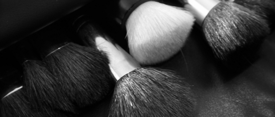Beauty Do It Yourself Makeup Brush Cleaner