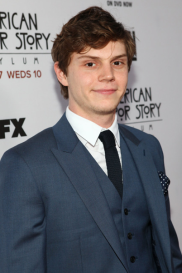 Evan Peters (Image Credit: Brian Dowling/PictureGroup/FX)