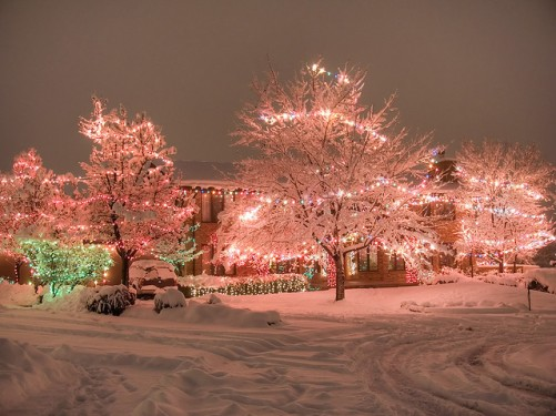 Snowy night w/Christmas lights