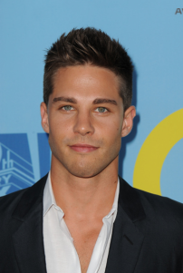 Dean Geyer (Image Credit: Scott Kirkland/FOX)