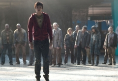 NICHOLAS HOULT stars in WARM BODIES (Image Credit: Jonathan Wenk / © 2012 Summit Entertainment, LLC. All rights reserved.)