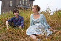 Freddie Highmore as Norman Bates and Vera Farmiga as Norma Bates in BATES MOTEL (Image Credit: Joe Lederer Copyright 2011)