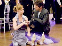 Katherine Heigl and James Marsden in 27 DRESSES (Image Credit: 20th Century Fox)