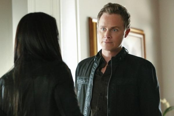 David Anders as John Gilbert on THE VAMPIRE DIARIES (Image Credit: The CW)