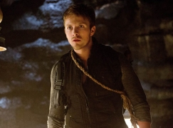 Charlie Bewley as Galen Vaugn in THE VAMPIRE DIARIES (Image Credit: Bob Mahoney / The CW Network)
