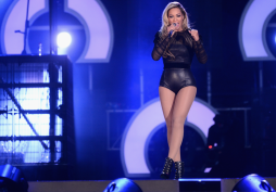 "Beyonce performs on stage at the ""Chime For Change: The Sound Of Change Live"" Concert at Twickenham Stadium (Image Credit: Ian Gavan/Getty Images for Gucci)"