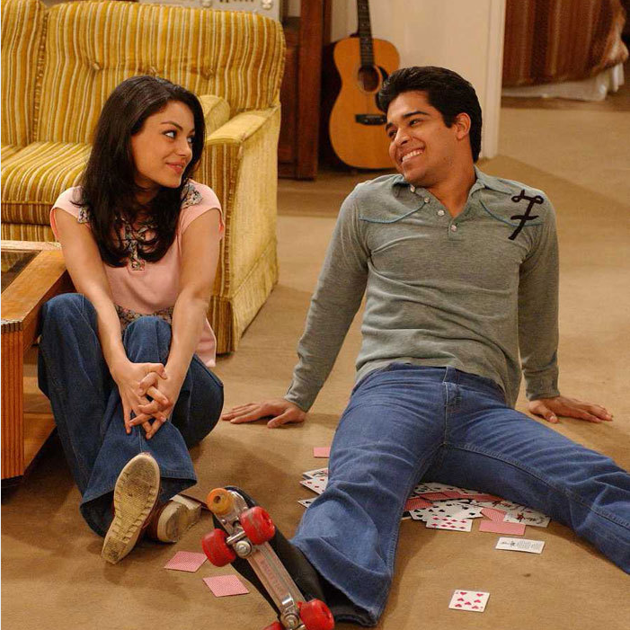 Mila Kunis as Jackie and Wilmer Valderrama as Fez in THAT 70'S SHOW (Image Credit: 20th Century Fox)