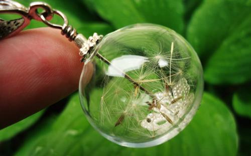 Dandelion Wishing Orb Necklace (Image Credit: Viper Corara)