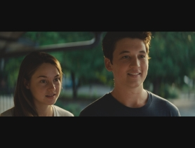 Shailene Woodley and Miles Teller in THE SPECTACULAR NOW (Image Credit: A24 Films)