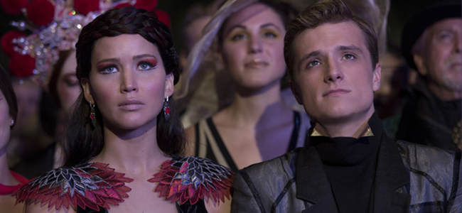 Jennifer Lawrence as Katniss Everdeen and Josh Hutcherson as Peeta Mellark in THE HUNGER GAMES: CATCHING FIRE (Imagr Credit: Murray Close / Lionsgate)