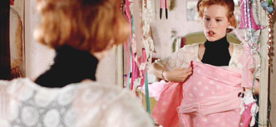 Molly Ringwald in PRETTY IN PINK (Image Credit: Paramount Pictures)