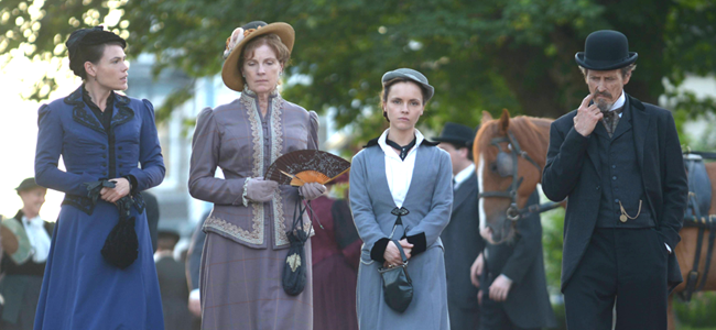 Clea DuVall as Emma Borden, Sara Botsford as Abby Borden, Christina Ricci as Lizzie Borden and Stephen McHattie as Andrew Borden in LIZZIE BORDEN TOOK AN AXE (Image Credit: Chris Reardon/Lifetime)