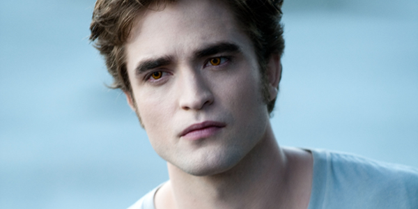 Robert Pattinson as Edward Cullen in THE TWILIGHT SAGA: ECLIPSE (Image Credit: Kimberley French/Summit Entertainment)