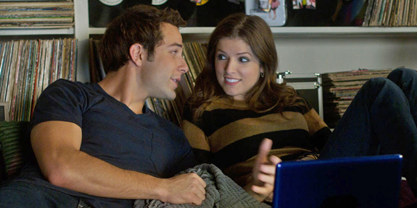 Skylar Astin and Anna Kendrick in PITCH PERFECT (Image Credit: Universal Pictures)