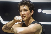 Miles Teller in DIVERGENT (Image Credit: Jaap Buitendijk/Summit Entertainment)