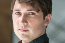 Ben Lloyd-Hughes in DIVERGENT (Image Credit: Jaap Buitendijk/Summit Entertainment)