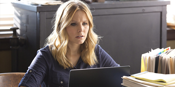 Kristen Bell in VERONICA MARS (Image Credit: Warner Bros.)
