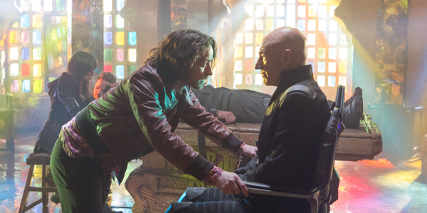 James McAvoy and Patrick Stewart in X-MEN: DAYS OF FUTURE PAST (Image Credit: Alan Markfield/Twentieth Century Fox)