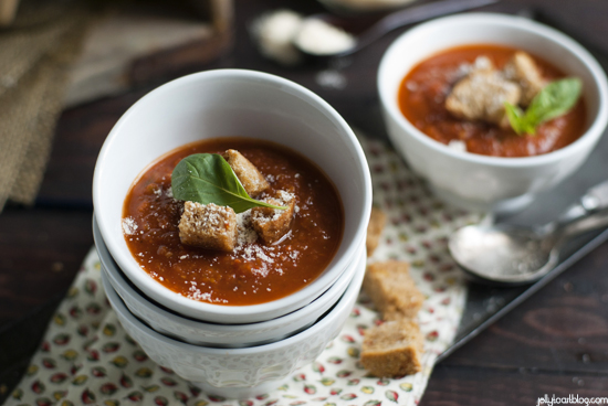Roasted Tomato Soup and Garlic Croutons Recipe (Image Credit: Jelly Toast)