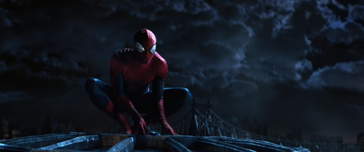 Andrew Garfield as Spider-Man in THE AMAZING SPIDER-MAN 2 (Image Credit: Columbia Pictures)