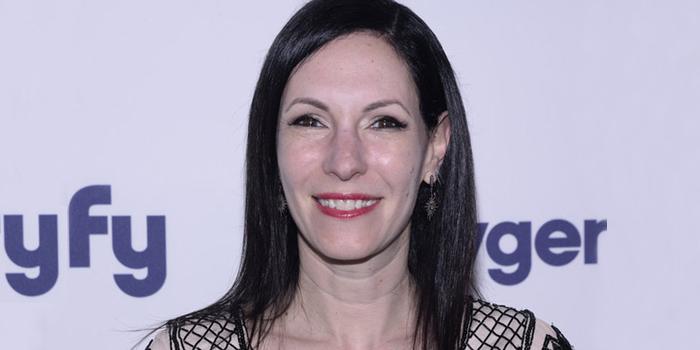 Jill Kargman of ODD MOM OUT (Image Credit: Dave Kotinksy/NBCUniversal Cable Entertainment)