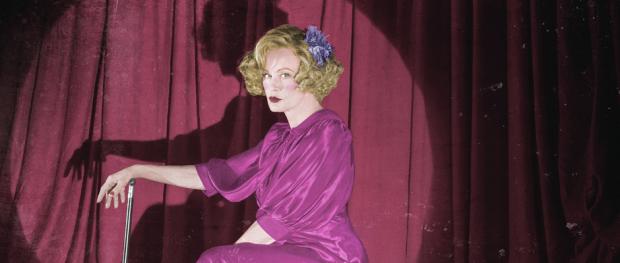 Jessica Lange as Elsa Mars in AMERICAN HORROR STORY: FREAK SHOW (Image Credit: Frank Ockenfels/FX)