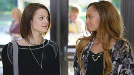 Kathryn Prescott as Carter Stevens and Vanessa Morgan as Bird in FINDING CARTER (Image Credit: MTV)