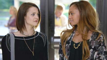 Kathryn Prescott as Carter Stevens and Vanessa Morgan as Bird in FINDING CARTER (Image Credit: MTV)