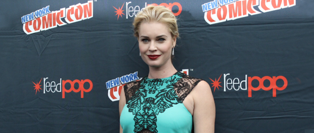 Rebecca Romijn for THE LIBRARIANS (Image Credit: Sean Torenli / The Daily Quirk)