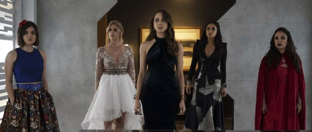 PRETTY LITTLE LIARS (Image Credit: ABCFamily)
