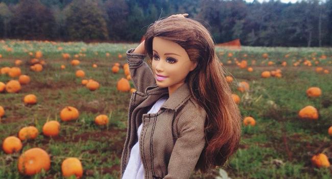(Image Credit: Socality Barbie/Instagram)